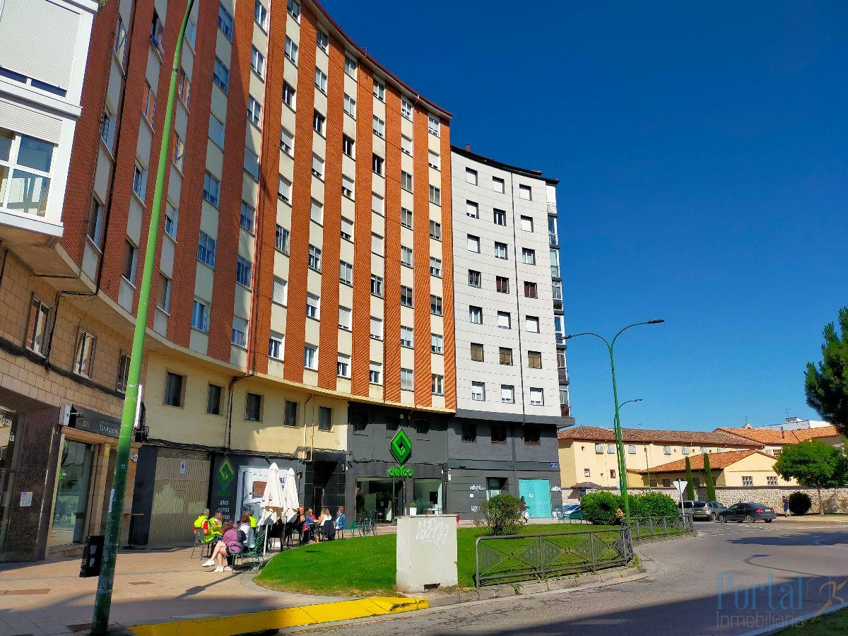 For sale of office in Burgos