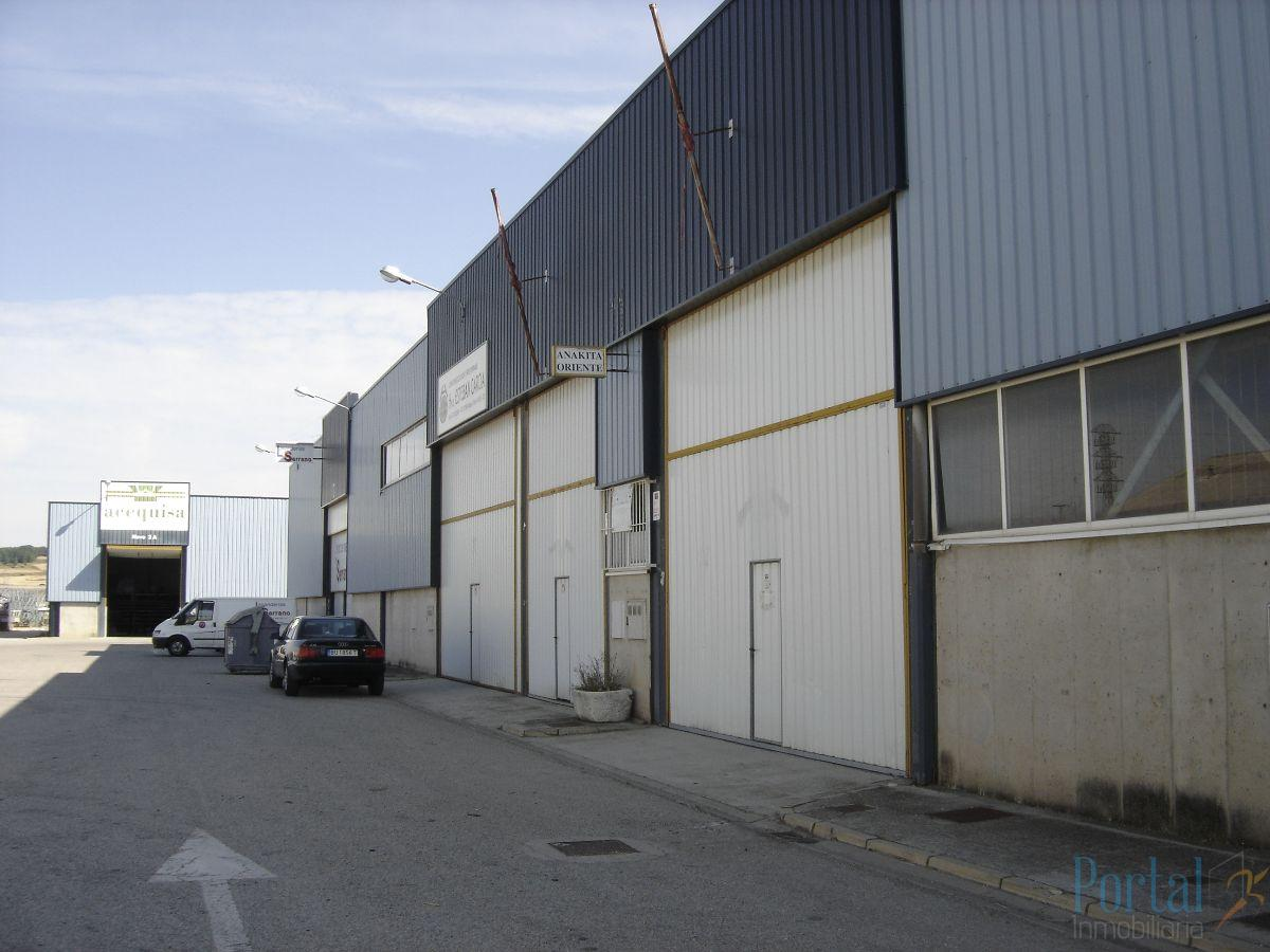 For sale of industrial plant/warehouse in Burgos