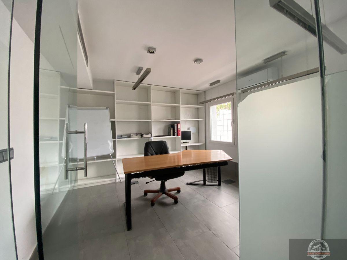 For sale of building in Las Rozas