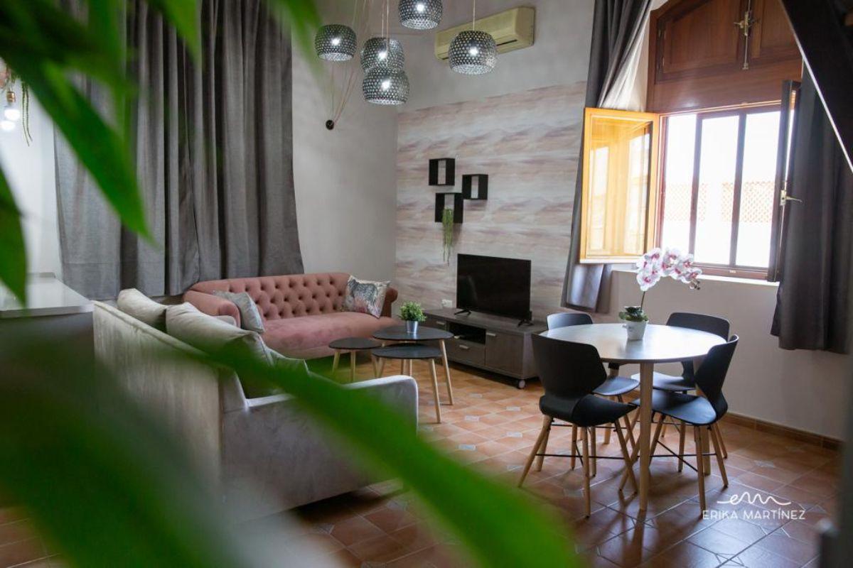 For sale of building in Jerez de la Frontera