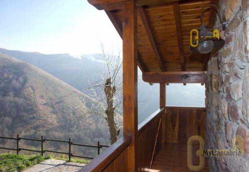 For sale of house in Selaya
