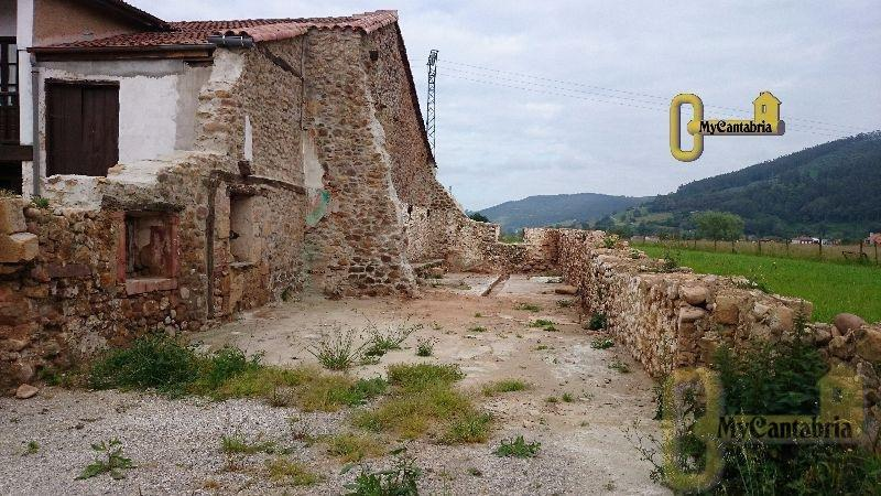 Venta de terreno en Santa María de Cayón