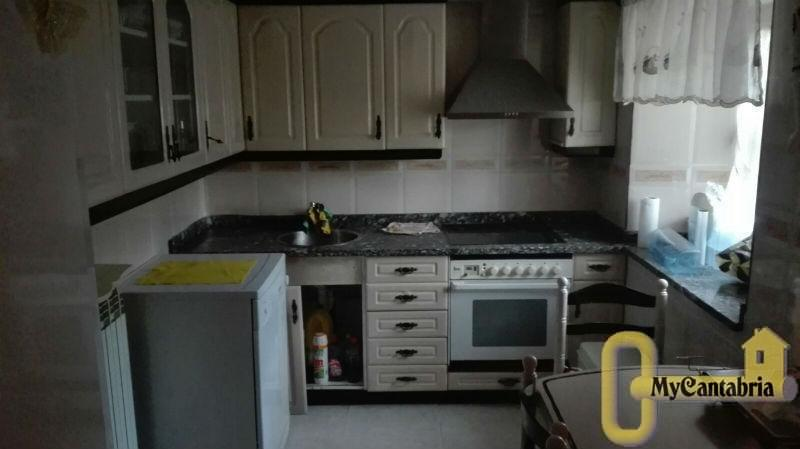 For sale of house in Campoo de Yuso