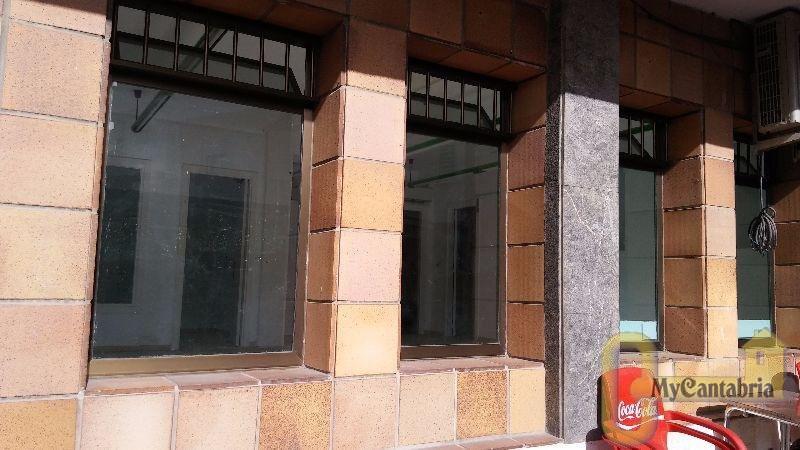 Alquiler de local comercial en Ribamontán Al Mar