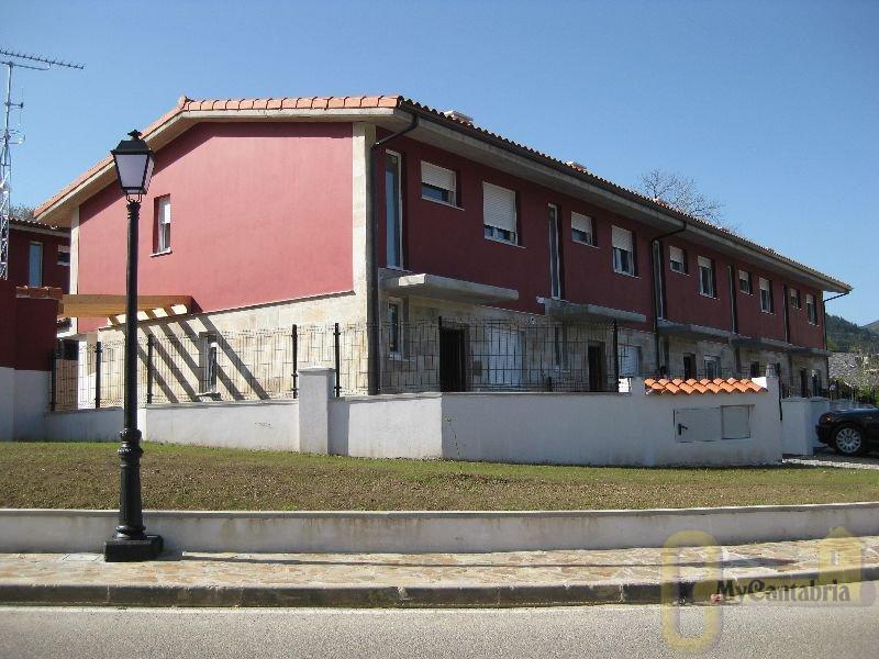 Venta de casa en Santa María de Cayón
