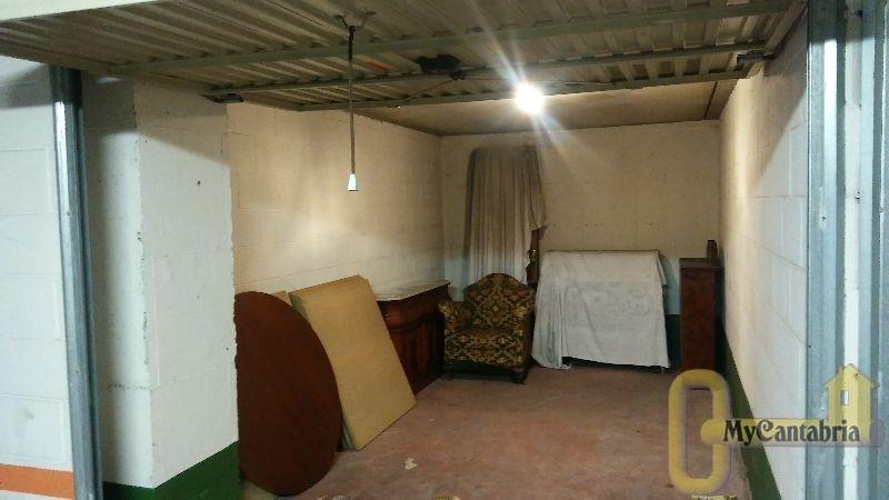 Venta de garaje en Torrelavega