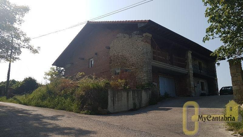 For sale of house in Marina de Cudeyo