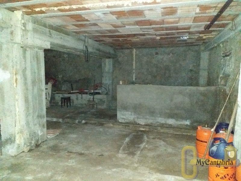 For sale of house in Ramales de la Victoria