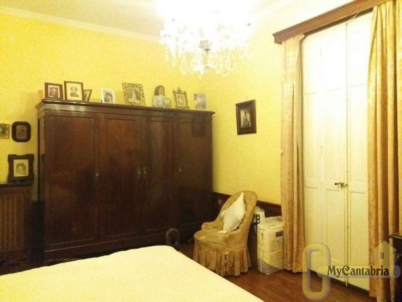For sale of house in Santander