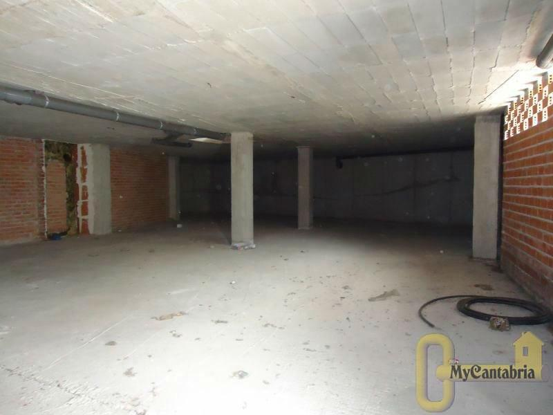 For sale of commercial in Guarnizo