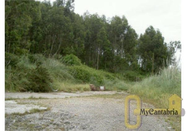 For sale of land in Boo de Piélagos