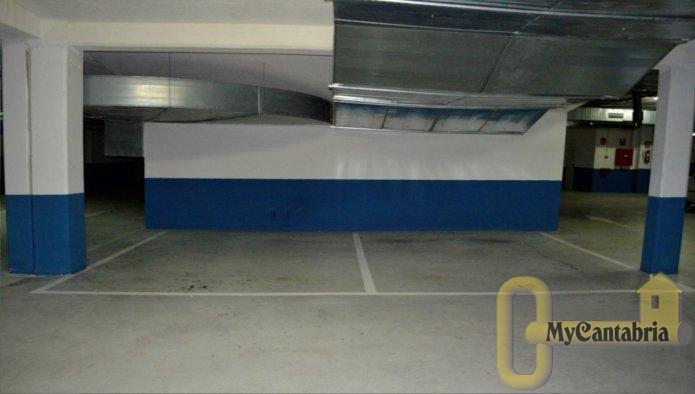 Venta de garaje en Santa Cruz de Bezana