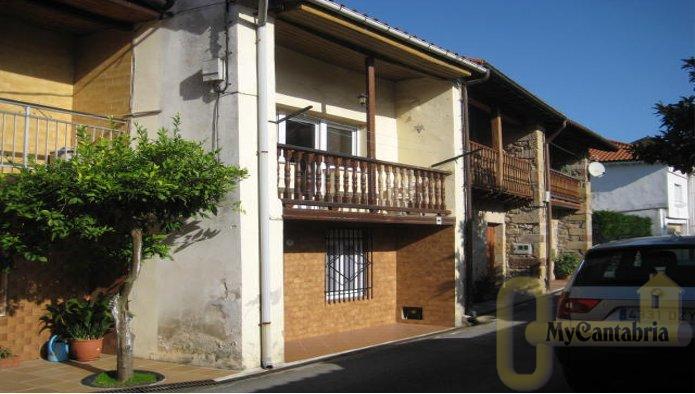 For sale of chalet in Santa María de Cayón