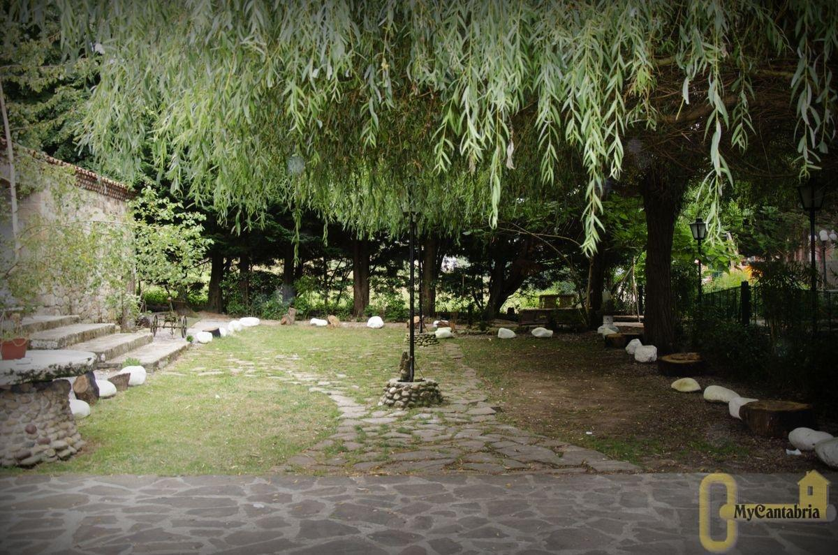 Venta de villa en Santiurde de Toranzo