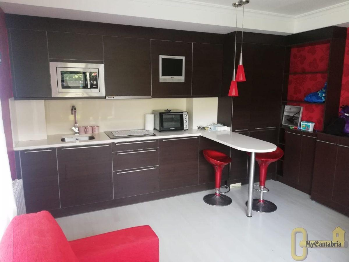 For sale of flat in Miengo