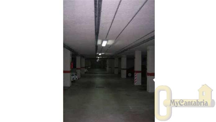 For sale of garage in Santander