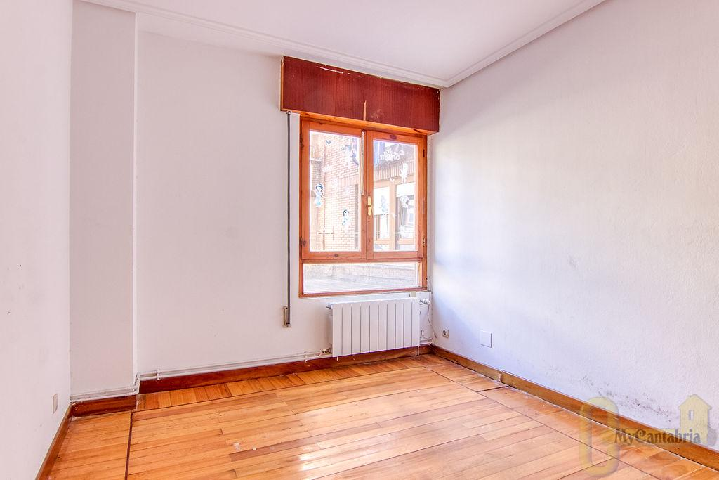 For sale of apartment in Camargo