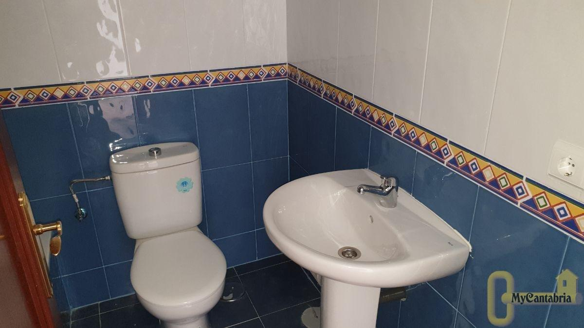 For sale of flat in Suances