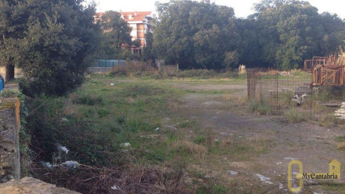 For sale of land in Noja