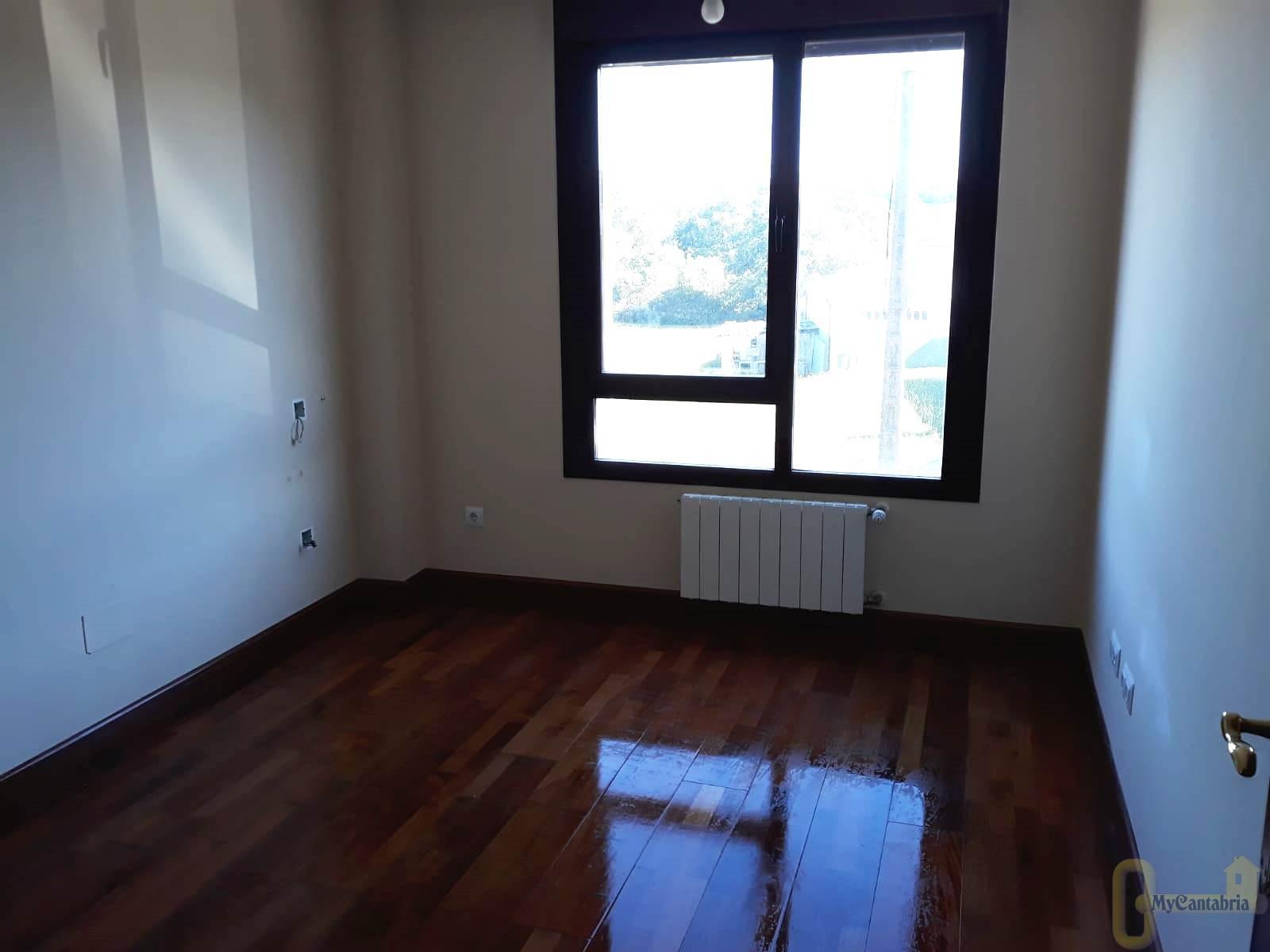 Venta de piso en Entrambasaguas