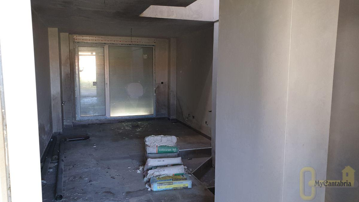 For sale of new build in Polanco