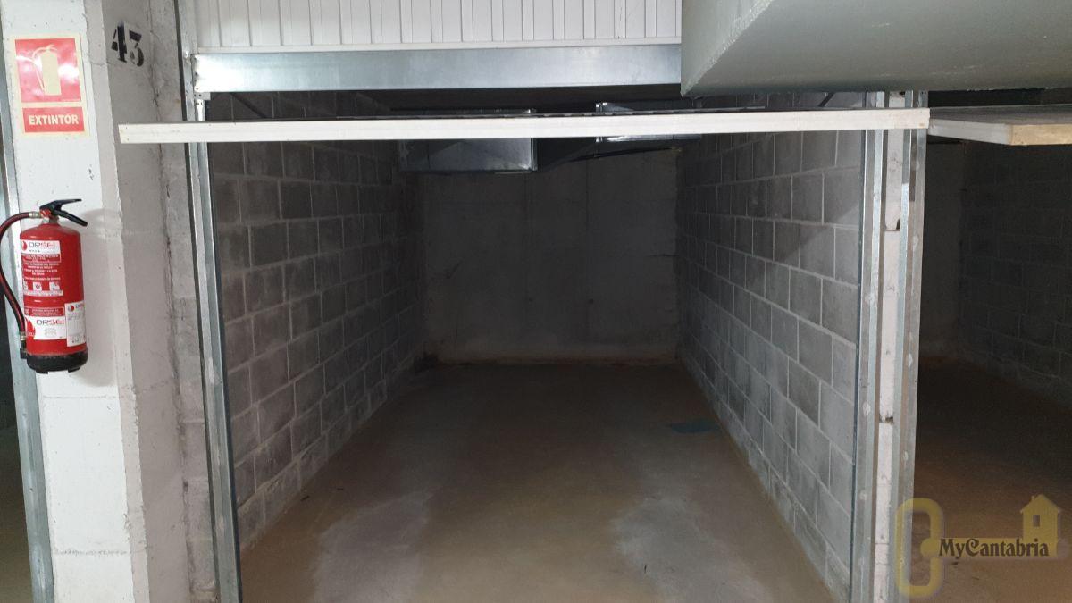 Venta de garaje en Castañeda