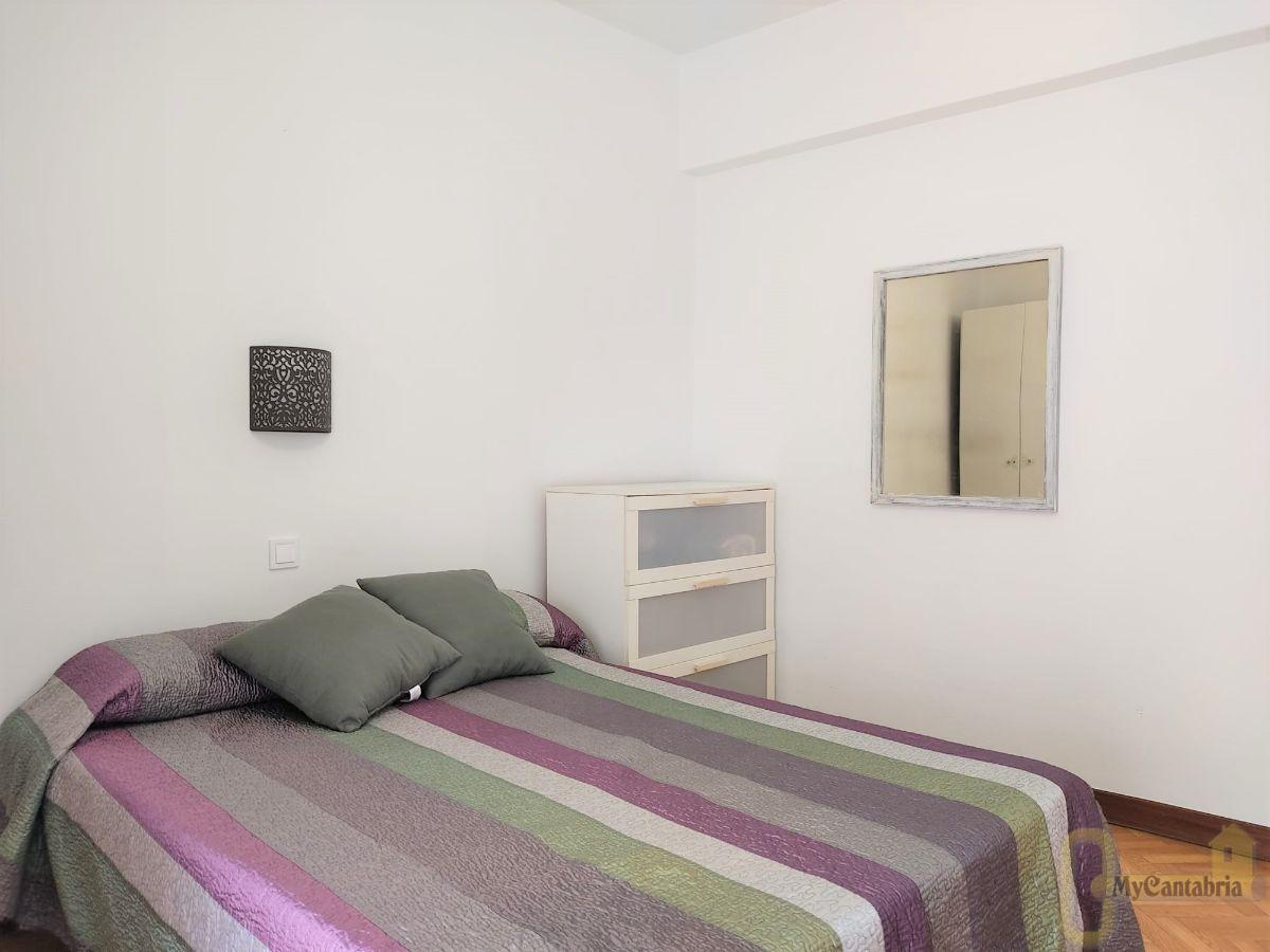 For rent of flat in Santoña