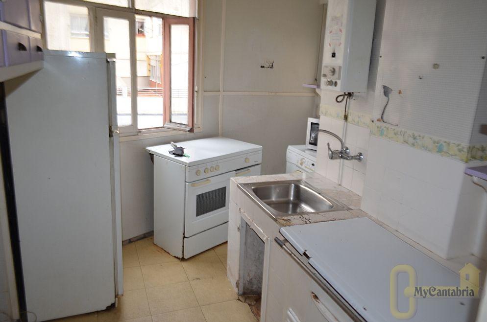 For sale of apartment in Torrelavega