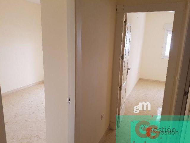 For sale of apartment in Calahonda