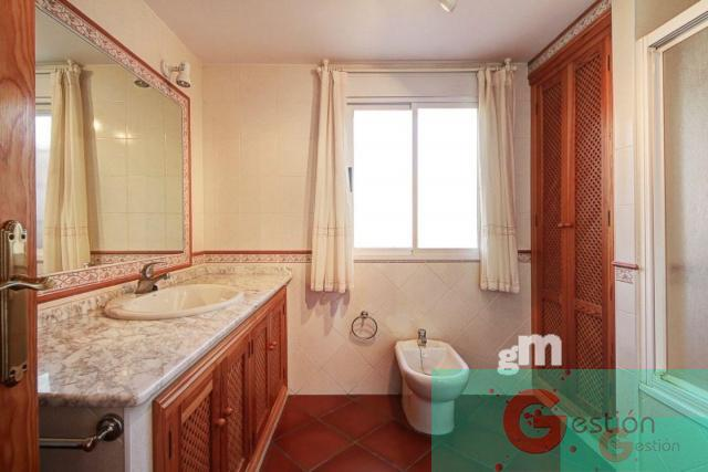 For sale of chalet in Motril