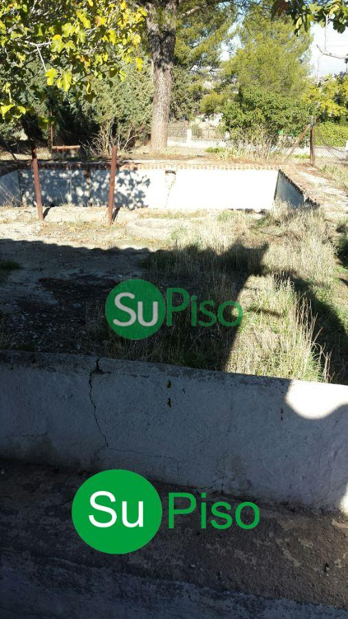 For sale of land in Yeles