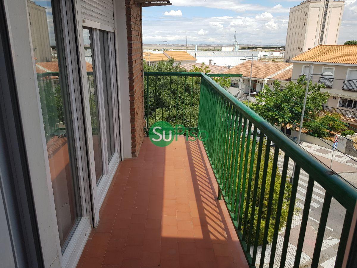 For rent of flat in Esquivias