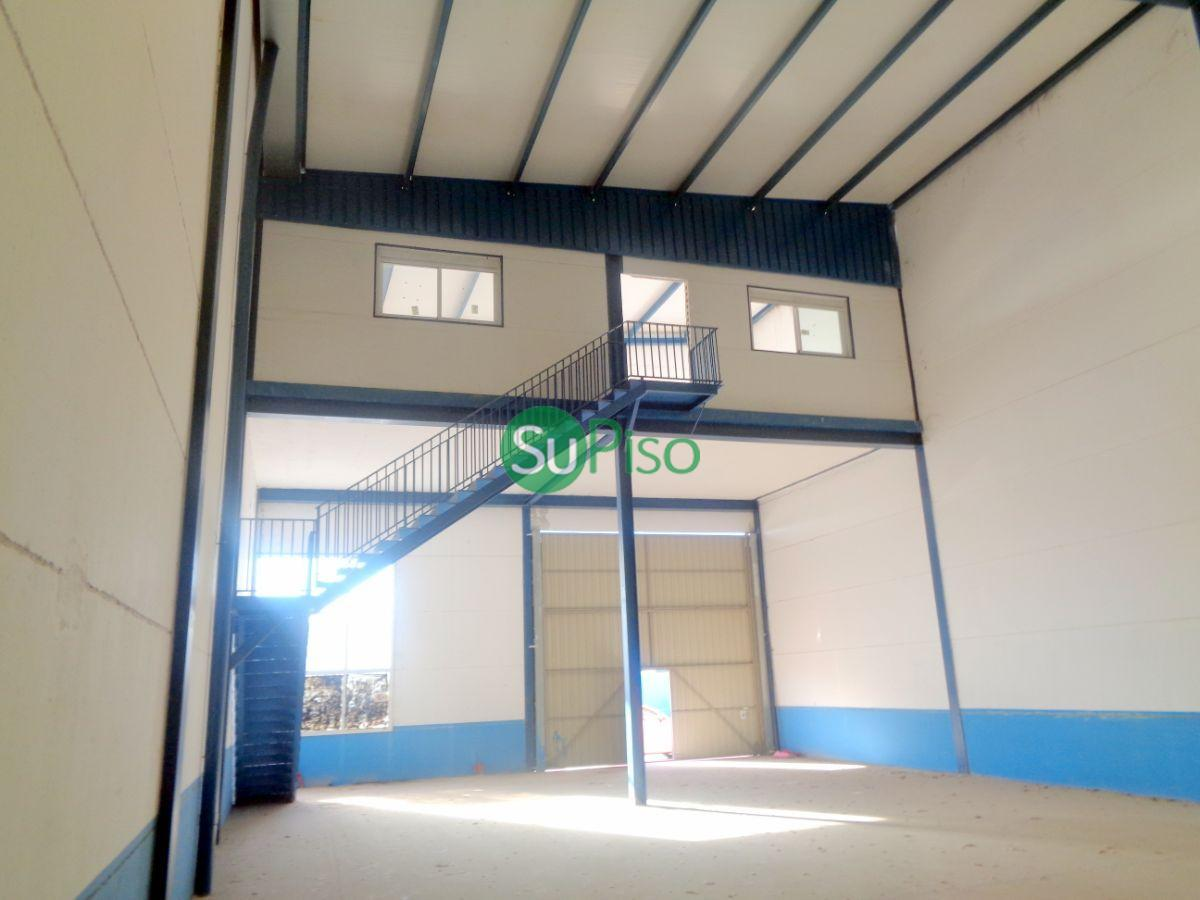 For rent of industrial plant/warehouse in Seseña