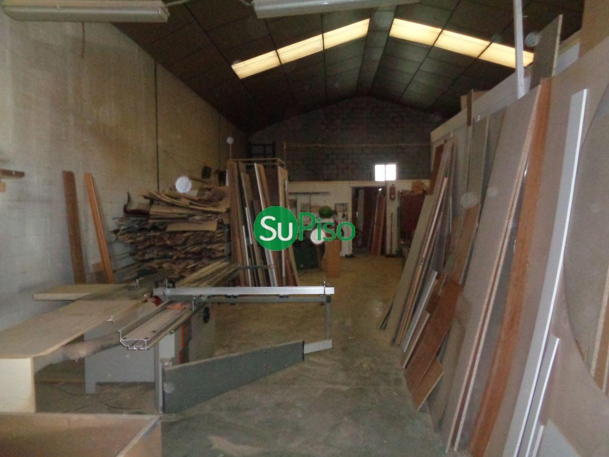For sale of industrial plant/warehouse in Yeles