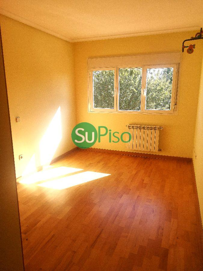 For sale of chalet in Parla