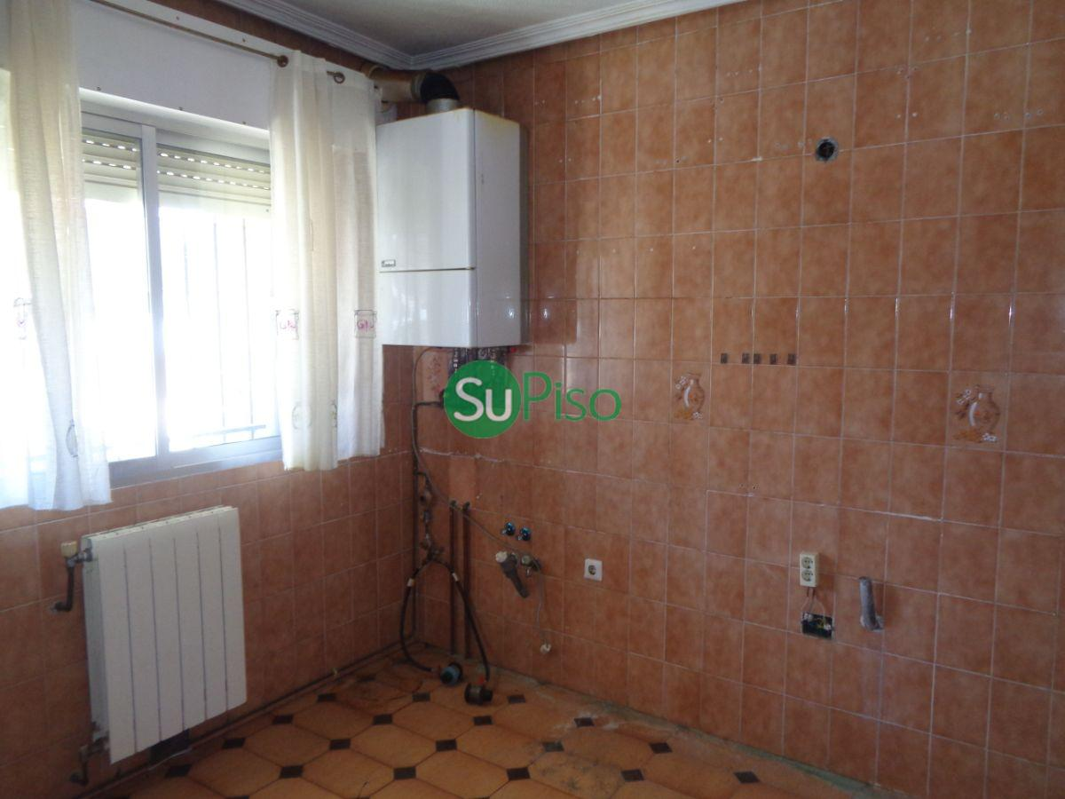 For sale of chalet in Carranque