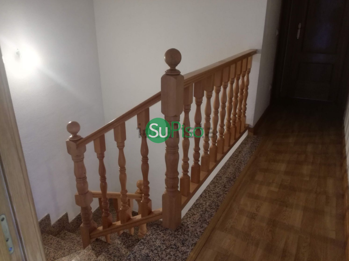 For sale of chalet in Esquivias