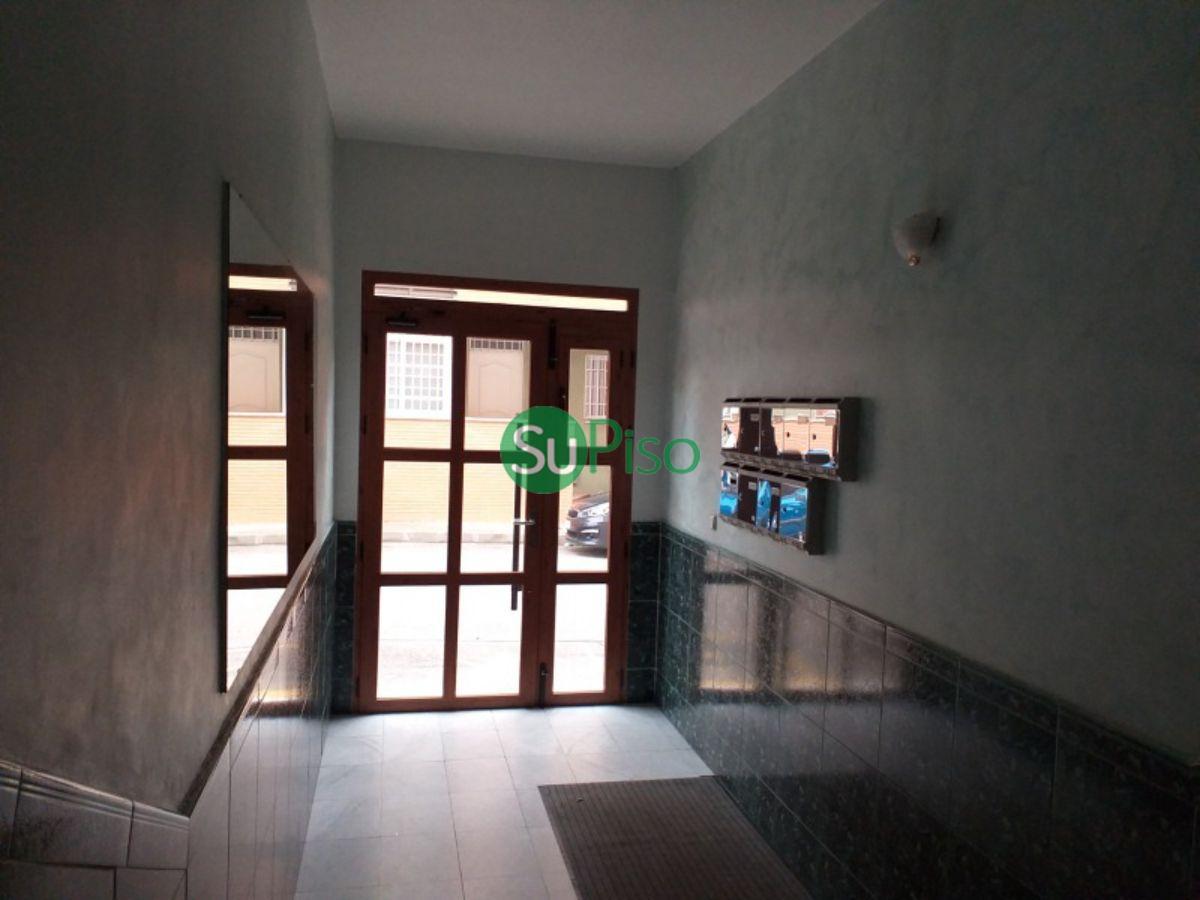 Venta de piso en Cobeja