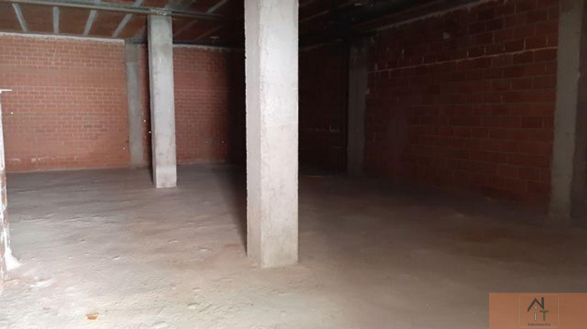 For sale of commercial in Azuqueca de Henares
