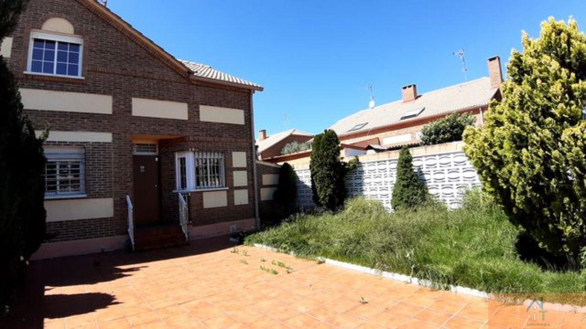 For sale of chalet in Villanueva de la Torre