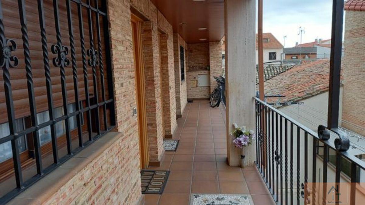 For sale of duplex in Camarma de Esteruelas