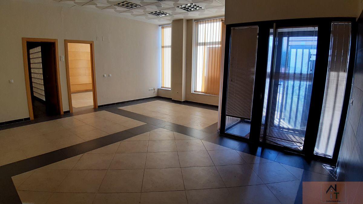 For sale of commercial in Villanueva de la Torre