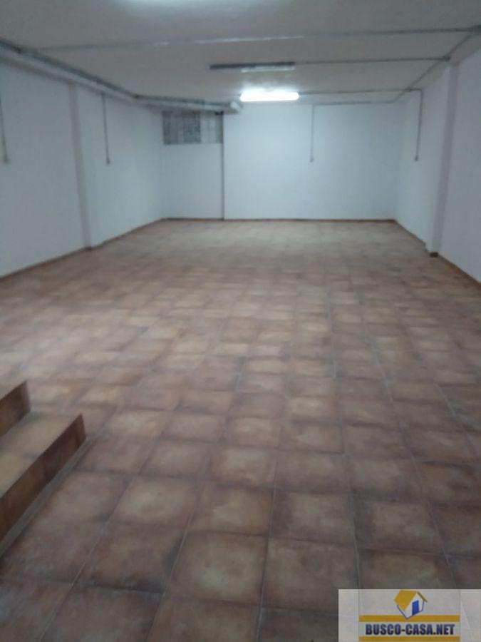 For rent of commercial in Telde