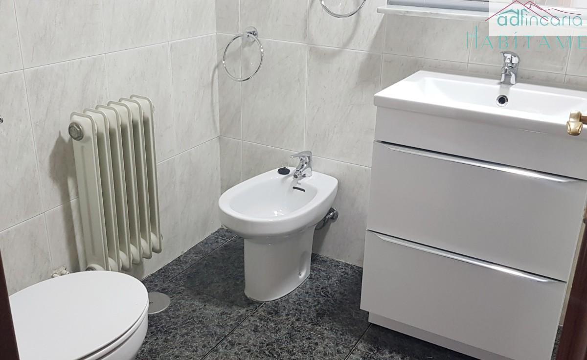 For rent of flat in Granada
