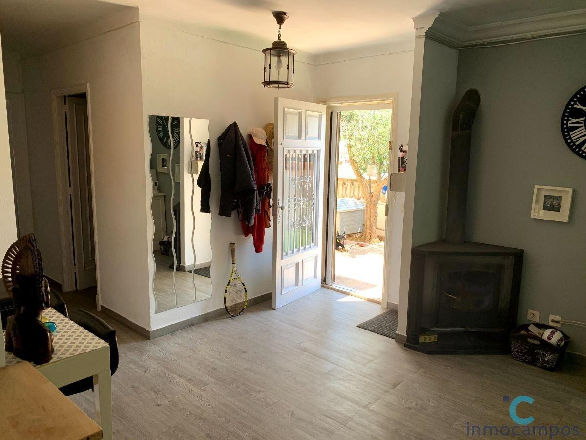 For sale of ground floor in Campos