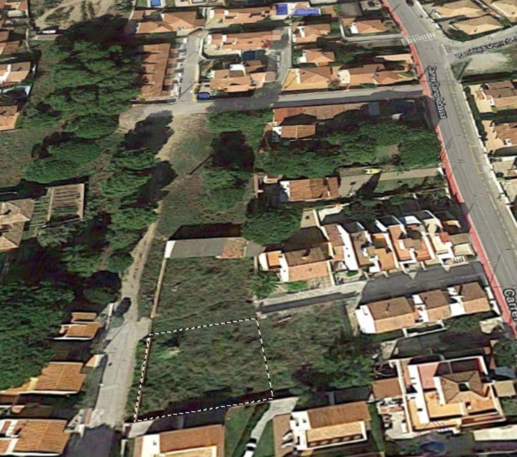 For sale of land in L´Escala