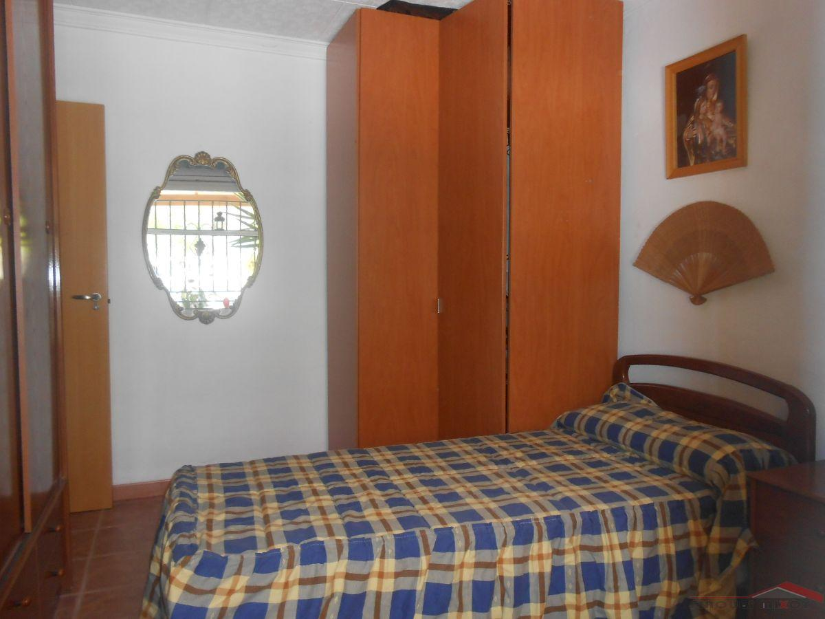 For sale of house in Manresa