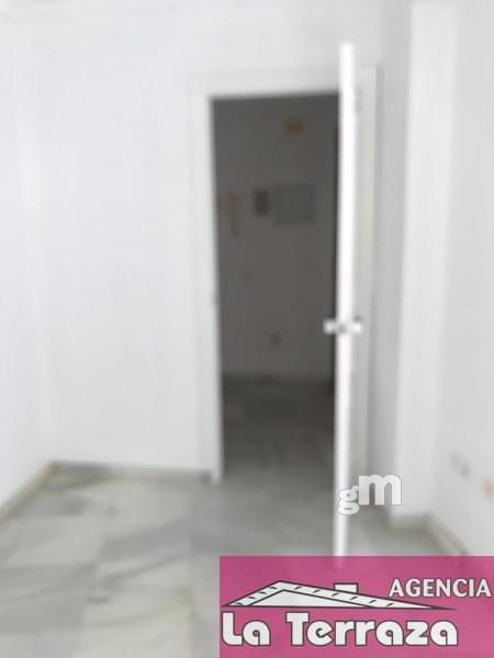 For rent of office in Estepona