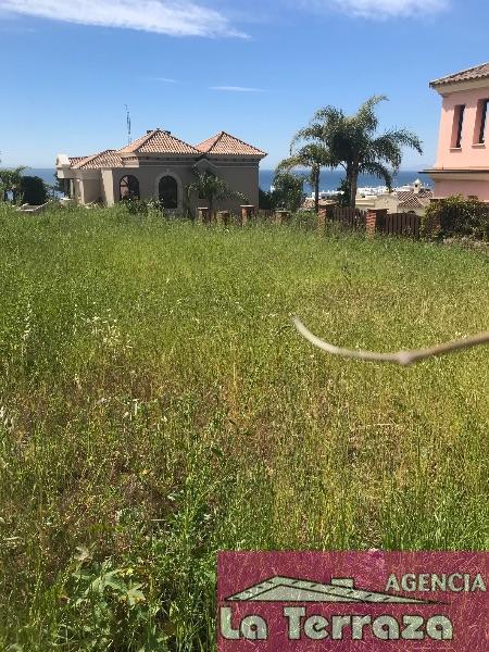 De vânzare din teren în Estepona