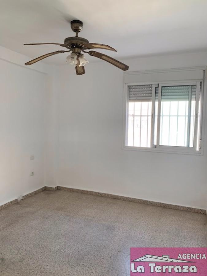 Verkoop van appartement  in Estepona